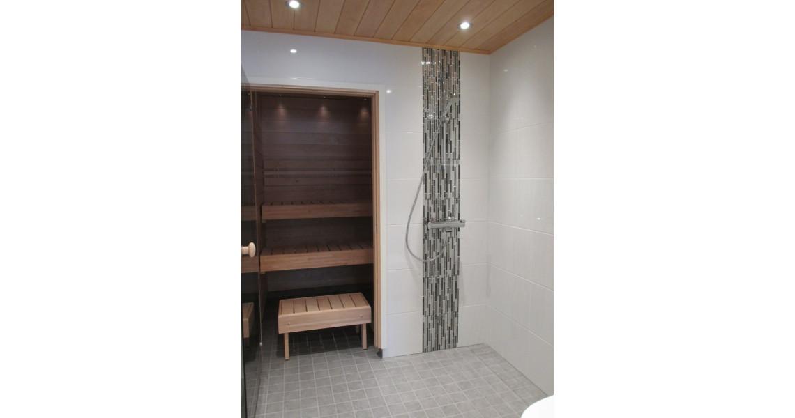Talon uusi ja laadukas kylpyhuone